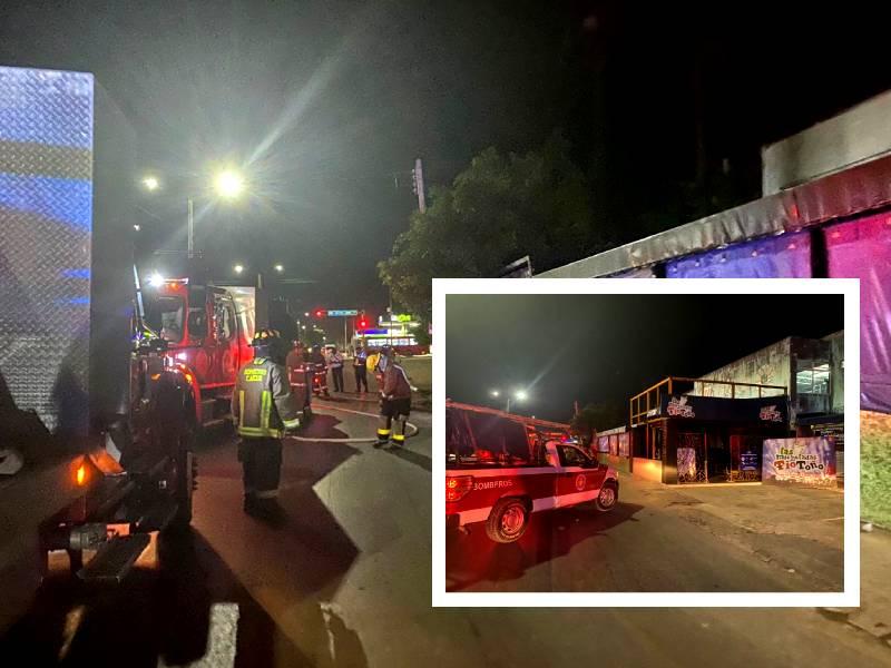 Se incendia bar en la Avenida Kabah de Cancún