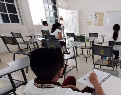 Escuelas de Quintana Roo reconocen 16 casos de Covid-19, tras regreso clases