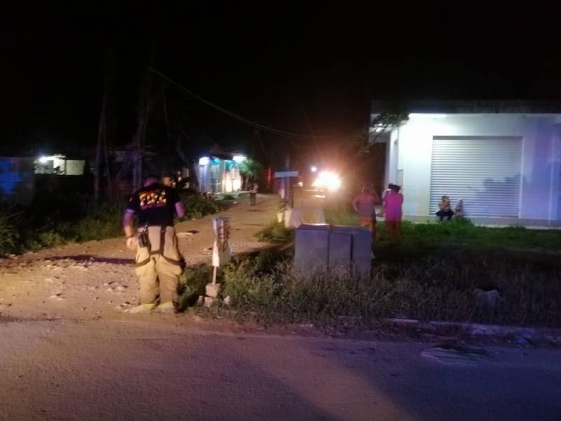 Playa del Carmen: Sujeto hace explota tanque de gas para destruir su casa; muere